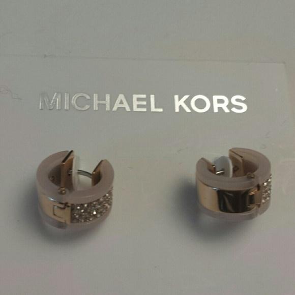 e84a7d94ea84 Michael Kors NWT Rose Gold Huggie Blush Earrings